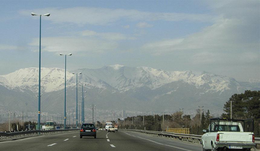 Driving in Iran roads