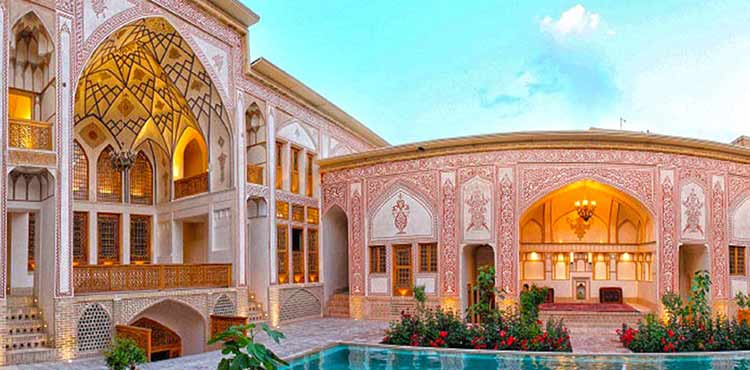 Iran historic hotels; Living in Iranian ancient history