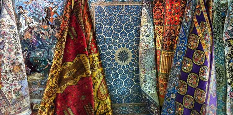 Don't forget to buy these Iranian souvenirs in your trip!