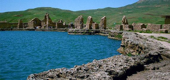 تخت سلیمان یا زندان دیو، مکانی پر رمز و راز
